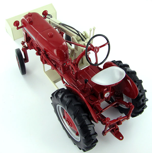 Details that Matter: Spec-Cast's Farmall Cub Tractor with