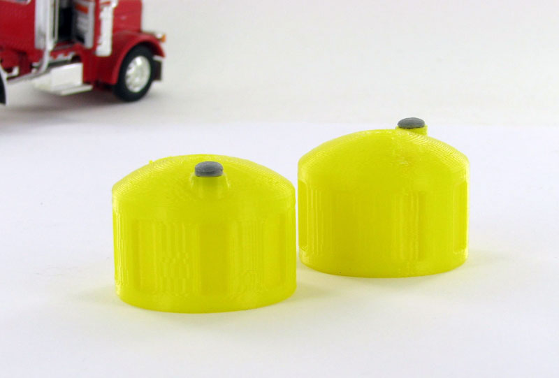 50-325-Y - 3d To Scale Bulk Fluid Tank yellow 2 pack