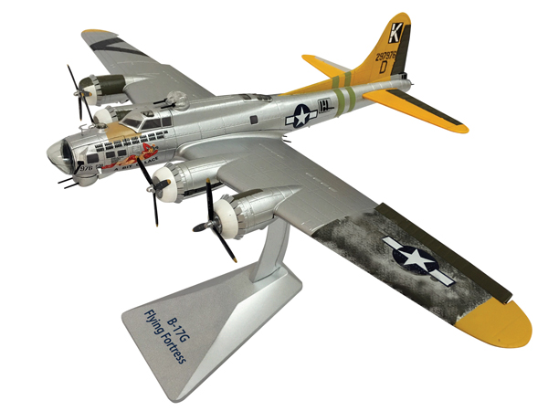 0110 - Air Force 1 B 17G Flying Fortress Bit O
