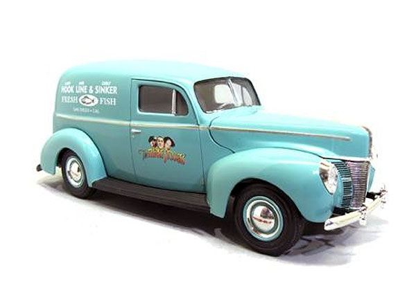 791 - AMT Three Stooges 1940 Ford Sedan Delivery