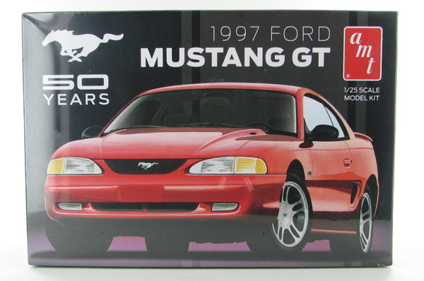 864 - AMT 1997 Ford Mustang GT 50th Anniversary