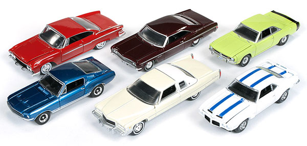 64002-A-CASE - Auto World 1 64 Diecast Detailed