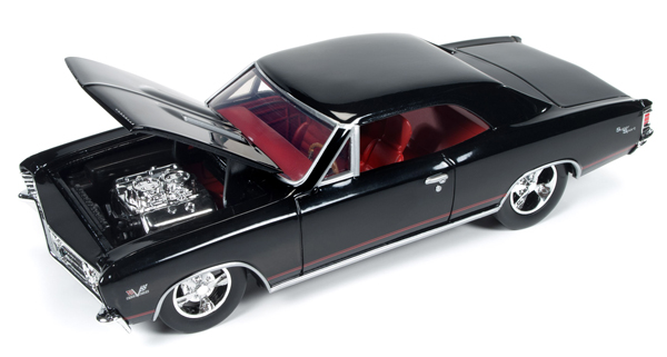AW24006 - Auto World 1967 Chevrolet Chevelle SS