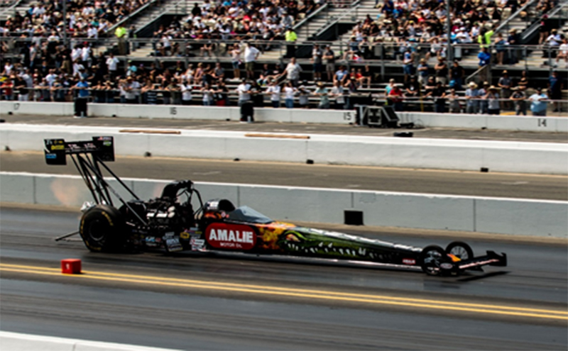 AWSP019 - Auto World Amalie Oil Top Fuel Dragster Terry McMillen