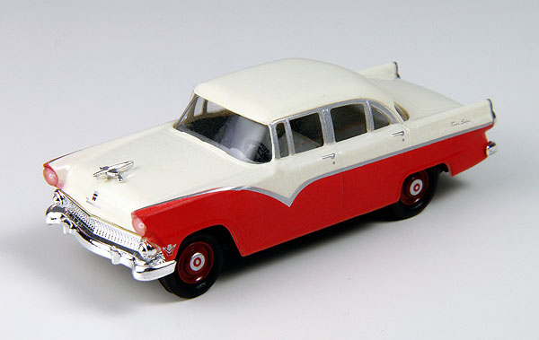 30381 - CMW 1955 Ford Fairlane 4 Door Sedan