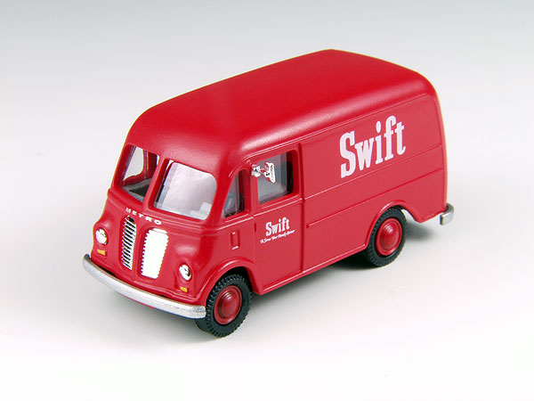 30386 - CMW Swift Meats IH Metro Delivery Van