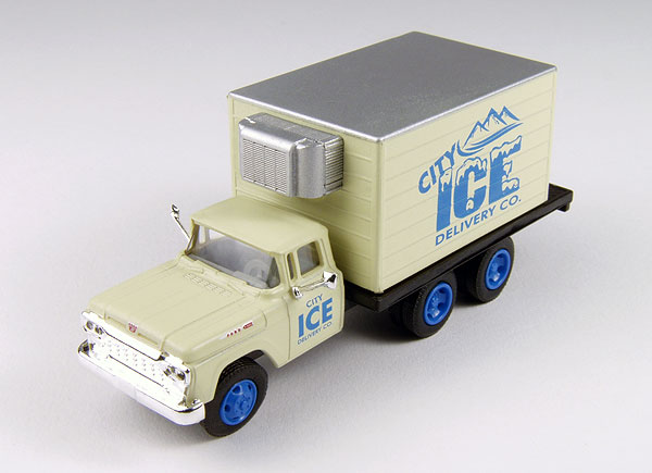 30417 - CMW City Ice Delivery Company 1960 Ford