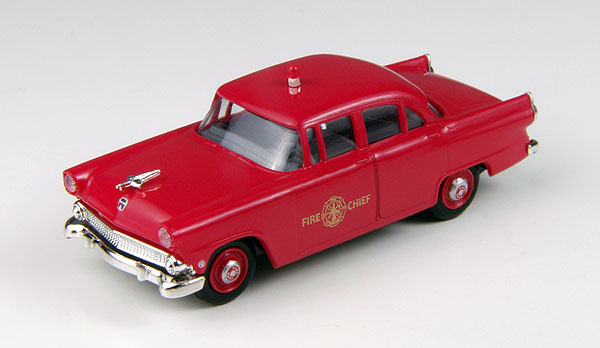 30433 - CMW Fire Chief 1955 Ford Mainline 4 Door