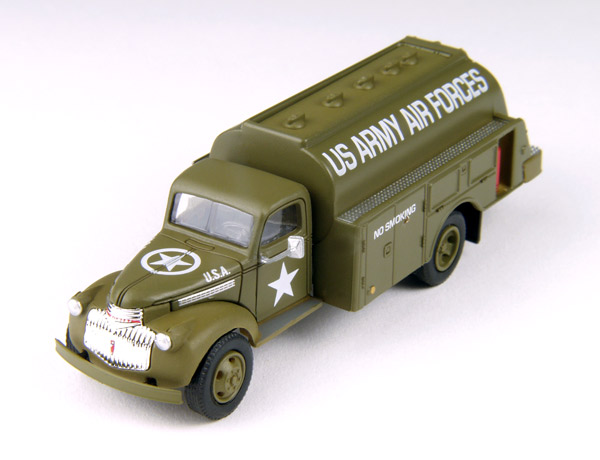 30467 - CMW US Army 1941_46 Chevrolet Tank Truck Mini