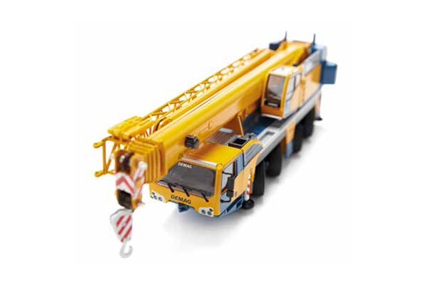 2107-07 - Conrad Demag AC 100_4L Telescopic Mobile Crane