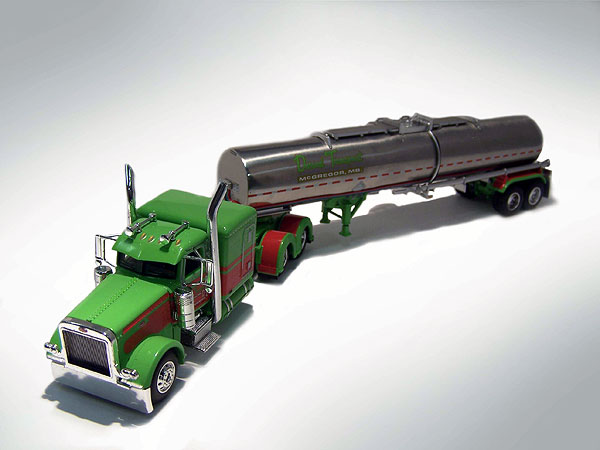 33151 - Die-Cast Promotions DCP Durand Transport Peterbilt 389