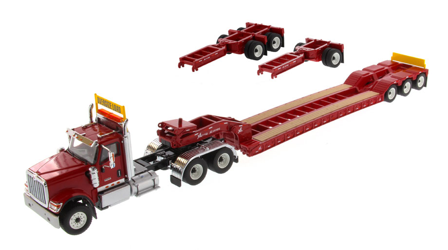 71016 - Diecast Masters International HX520 Tandem Day Cab Tractor