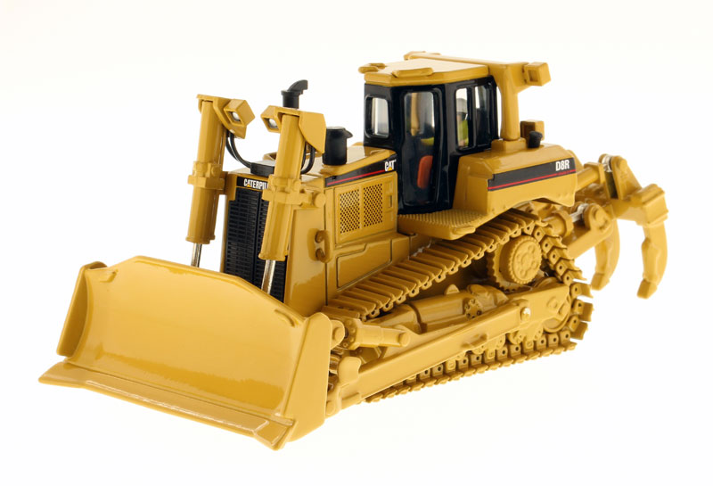 85099 - Diecast Masters Caterpillar D8R Series II Track type