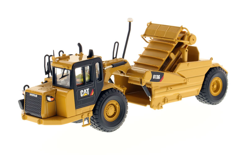 85235 - Diecast Masters Caterpillar 613G Wheel Scraper High Line