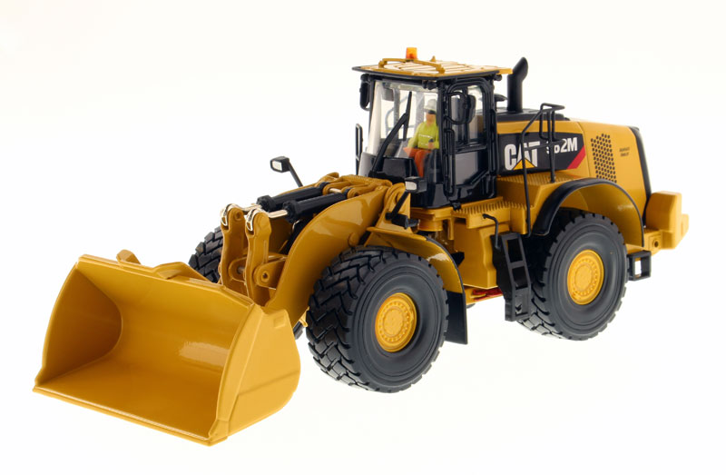 85292 - Diecast Masters Caterpillar 982M Wheel Loader High Line