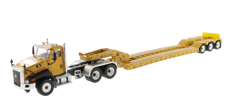 85503C - Diecast Masters Caterpillar CT660 Day Cab