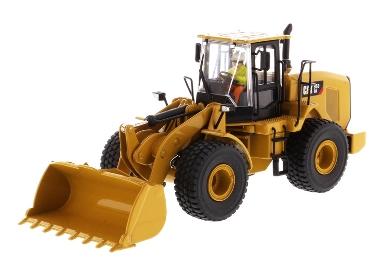 85907C - Diecast Masters Caterpillar 950 GC Wheel Loader Core Classics