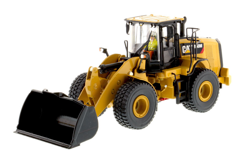 85914 - Diecast Masters Caterpillar 950M Wheel Loader High Line