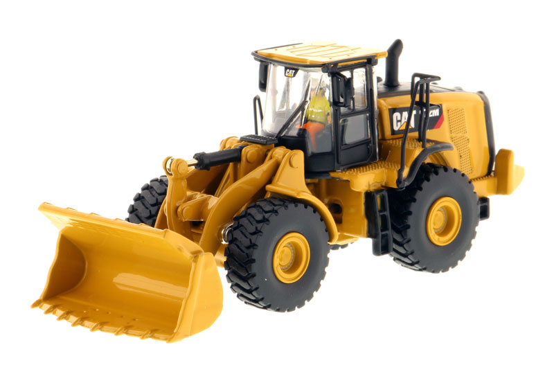 85949 - Diecast Masters Caterpillar 972M Wheel Loader High Line Series