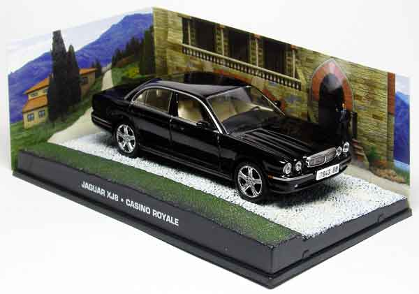 BIM11 - Eaglemoss James Bond Jaguar XJ8 Casino Royale 2006