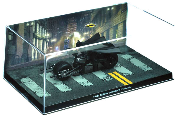 EM-BM011 - Eaglemoss Batcycle from
