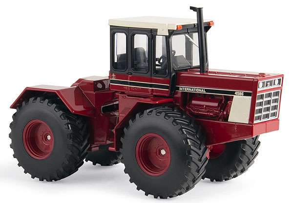 14946 - ERTL Toys International Harvester 4586 4WD Tractor