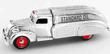 21595P - ERTL Toys Chevron 1 2005 1930s Dodge Airflow