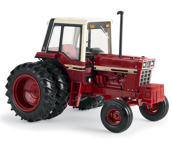44100 - ERTL Toys International Harvester 1486 Tri Stripe Tractor