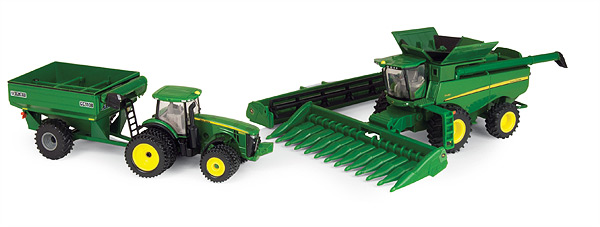 45443 - ERTL Toys John Deere Harvesting Playset Combine and