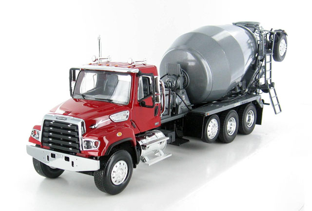 10-3957 - First Gear Replicas Freightliner 114SD
