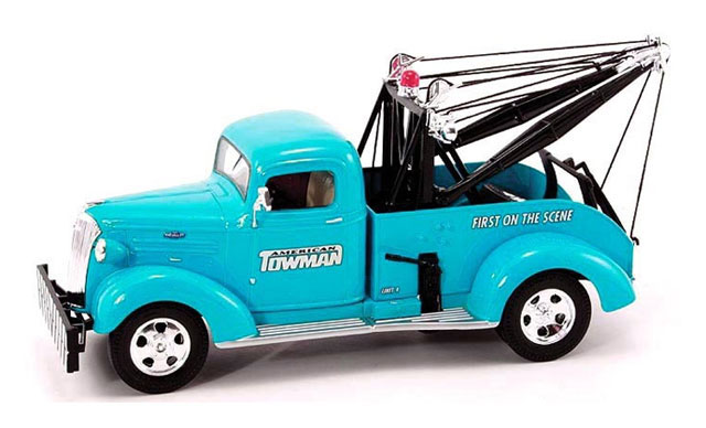 18-2708 - First Gear American Towman 1937 Chevy Tow Truck