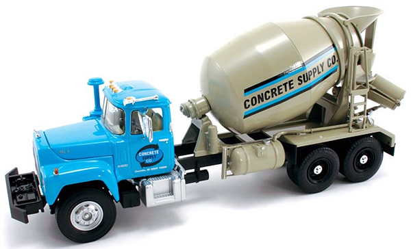 19-2622 - First Gear Concrete Supply Mack R Cement Mixer