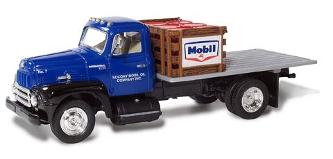 19-3424 - First Gear Mobil 7 2005 1957 International R190