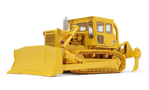 49-0397 - First Gear Replicas International TD 25 Dozer
