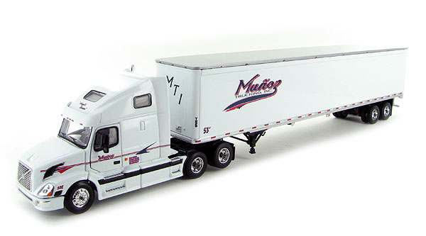 60-0218 - First Gear Replicas Munoz Trucking Angels Dream Volvo 670