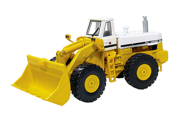 80-0311 - First Gear International 560 Pay Loader Functioning front