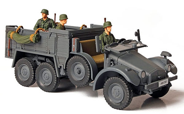 80080 - Forces Of Valor German KFZ 70 Personnel Carrier Eastern