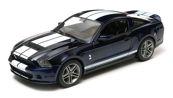 12824 - Greenlight 2010 Ford Shelby GT500