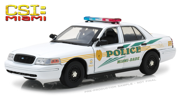 13514 - Greenlight Diecast Miami Dade Police 2003 Ford Crown Victoria