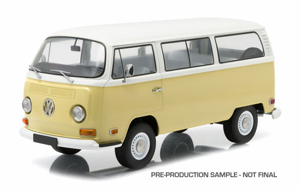 19012 - Greenlight 1973 Volkswagen Type 2 T2B Bus