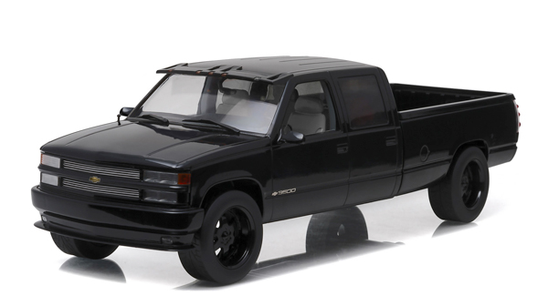 19016 - Greenlight 1997 Chevrolet C 2500 Silverado Crew