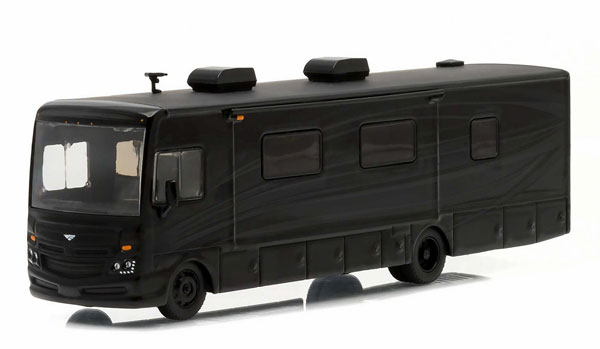 29846 - Greenlight 2016 Fleetwood Bounder Black Bandit Collection
