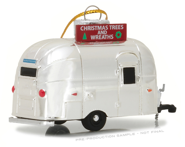29916 - Greenlight Christmas Trees and Wreaths Airstream 16