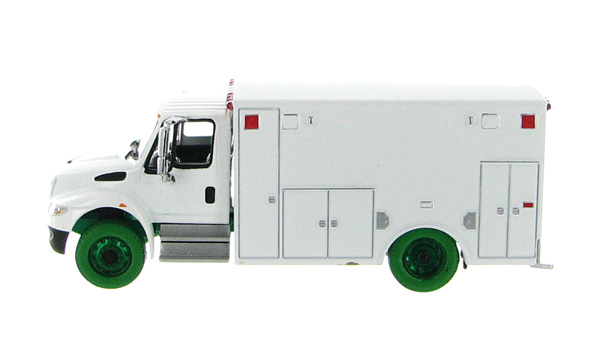 33041-SP - Greenlight 2013 International Durastar Ambulance Blank White