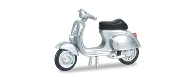 053145 - Herpa Vespa 50 R Scooter