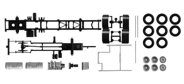 084451 - Herpa Volvo FH 3 Axle Chassis 2