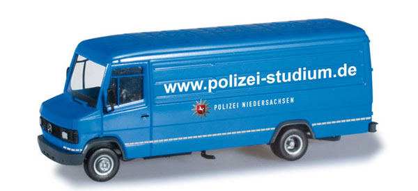 091411 - Herpa Lower Saxony Police Mercedes Benz T2
