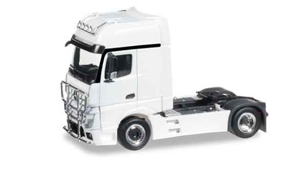 301667 - Herpa Mercedes Benz Actros Gigaspace