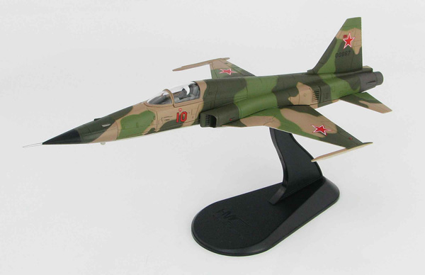 HA3328 - Hobby Master F 5E Tiger II Red 10