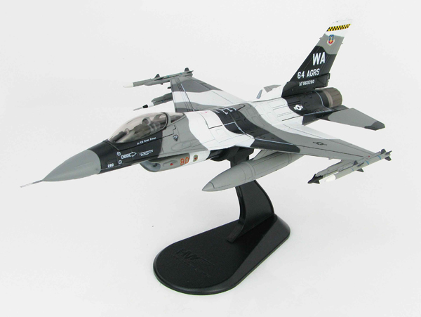HA3845 - Hobby Master F 16C Fighting Falcon 64 AGRS